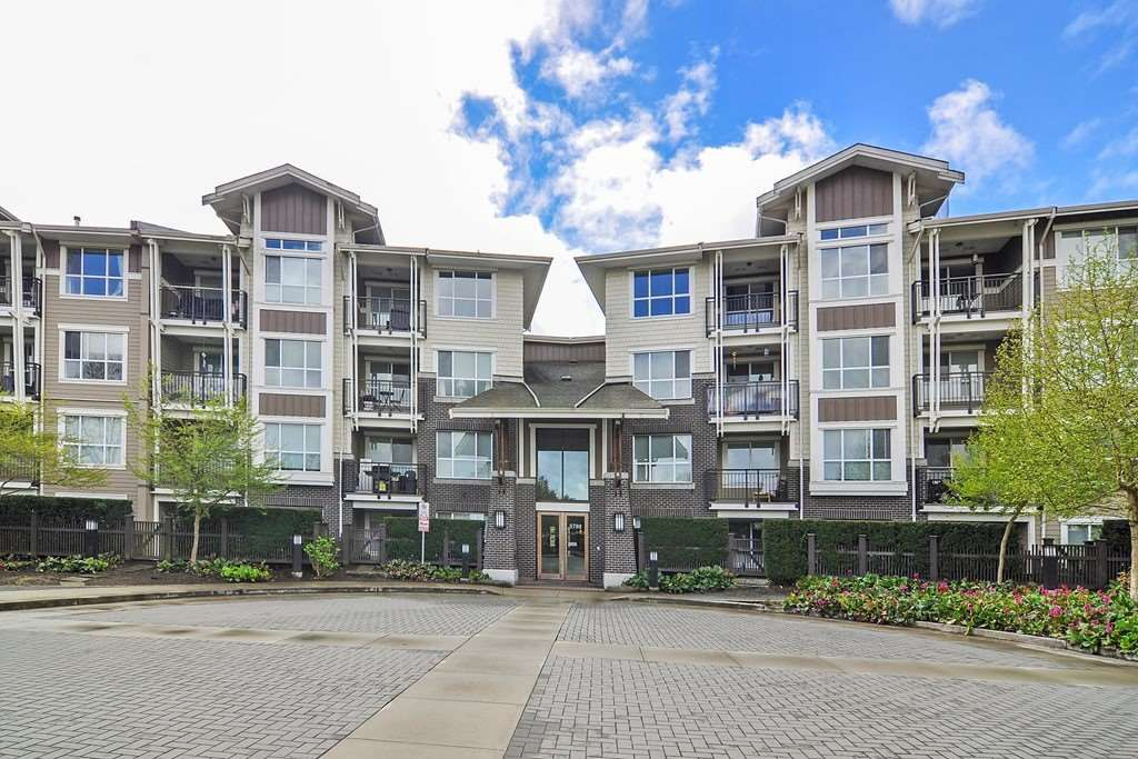 """Main Photo: 217 5788 SIDLEY Street in Burnaby: Metrotown Condo for sale in """"MACPHERSON WALK"""" (Burnaby South)  : MLS®# R2379051"""