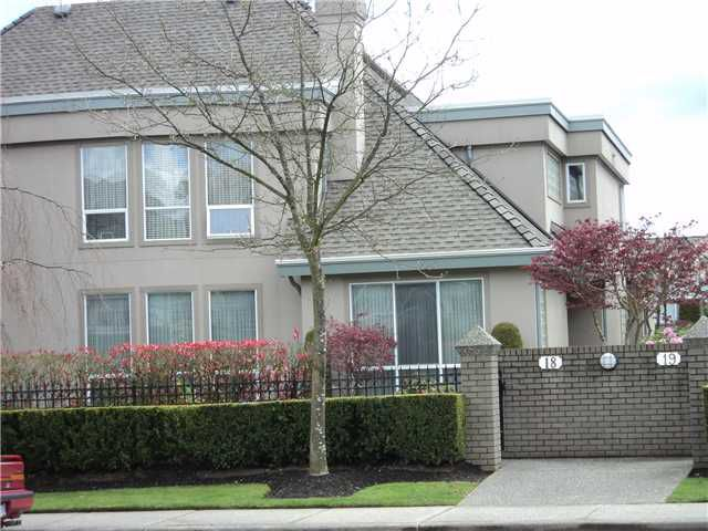 "Main Photo: 18 788 CITADEL Drive in Port Coquitlam: Citadel PQ Townhouse for sale in ""CITADEL BLUFFS"" : MLS®# V886163"