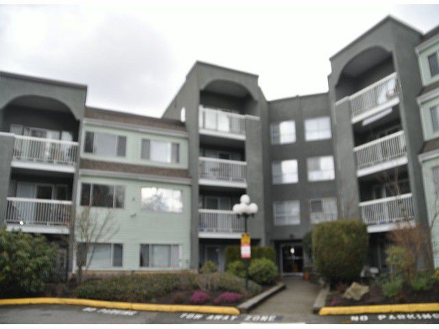 "Main Photo: 313 5700 200TH Street in Langley: Langley City Condo for sale in ""Langley Village Apartments"" : MLS®# F1401938"
