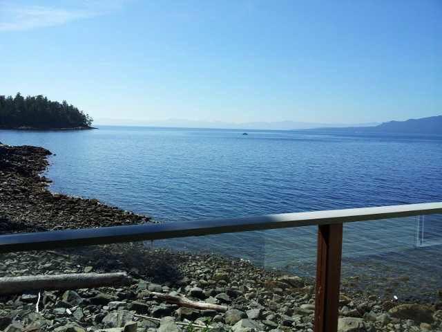 Photo 2: Photos: 12177 SUNSHINE COAST Highway in Pender Harbour: Pender Harbour Egmont House for sale (Sunshine Coast)  : MLS®# V1117958