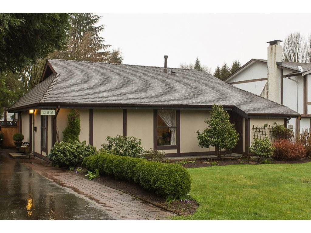 Main Photo: 21816 DONOVAN Avenue in Maple Ridge: West Central House for sale : MLS®# R2150823