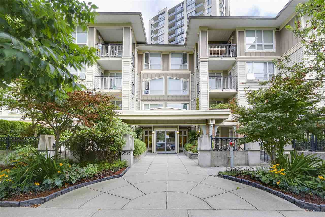 "Main Photo: 314 3575 EUCLID Avenue in Vancouver: Collingwood VE Condo for sale in ""MONTAGE"" (Vancouver East)  : MLS®# R2201965"