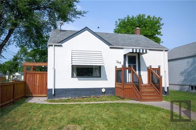 Main Photo: 349 Smithfield Avenue in Winnipeg: West Kildonan Residential for sale (4D)  : MLS®# 1823038