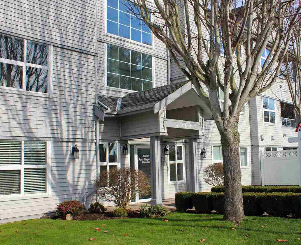 "Main Photo: 206 4989 47 Avenue in Delta: Ladner Elementary Condo for sale in ""Park Regent"" (Ladner)  : MLS®# R2322490"