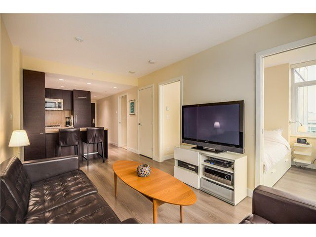 """Main Photo: 2207 833 HOMER Street in Vancouver: Downtown VW Condo for sale in """"ATELIER"""" (Vancouver West)  : MLS®# V1056751"""