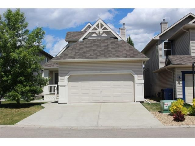 Main Photo: 157 MILLVIEW Bay SW in Calgary: Millrise House for sale : MLS®# C4076482