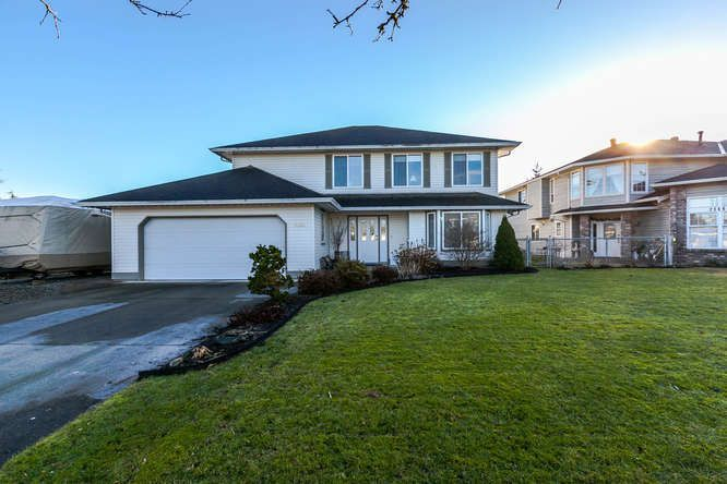 """Main Photo: 21484 50 Avenue in Langley: Murrayville House for sale in """"MURRAYVILLE"""" : MLS®# R2133627"""