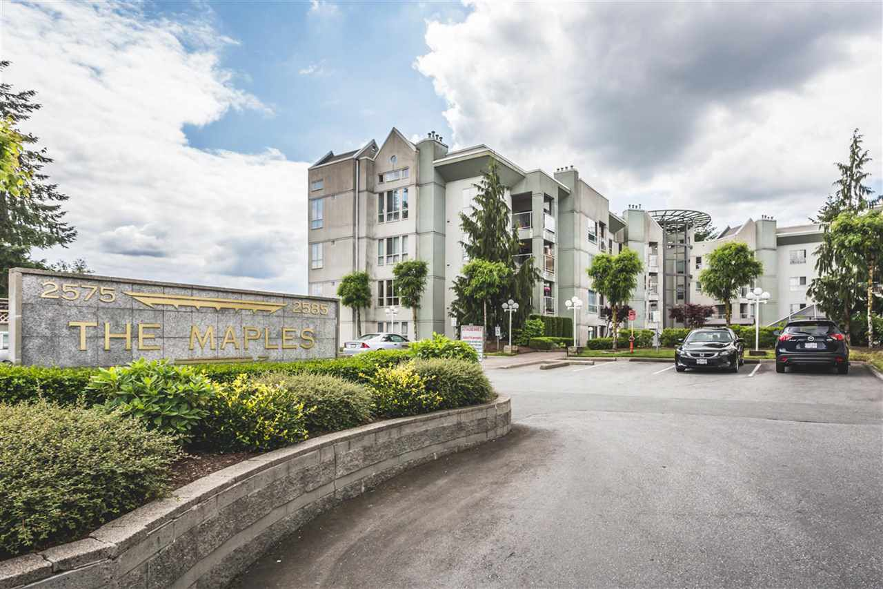 "Main Photo: 209 2575 WARE Street in Abbotsford: Central Abbotsford Condo for sale in ""The Maples"" : MLS®# R2174275"