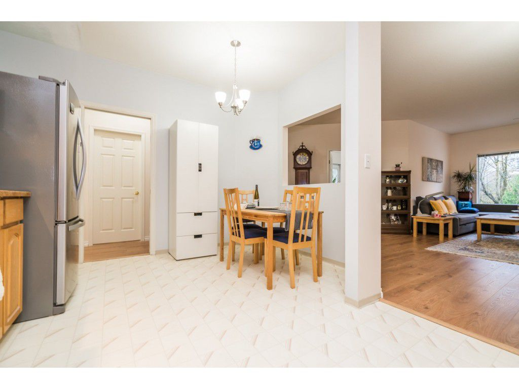 Photo 7: Photos: 49 23151 Haney Bypass in Maple Ridge: East Central Townhouse for sale : MLS®# R2222692