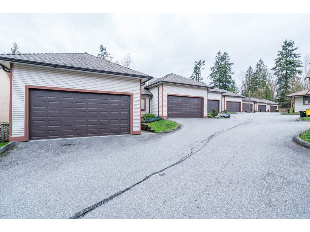 Photo 2: Photos: 49 23151 Haney Bypass in Maple Ridge: East Central Townhouse for sale : MLS®# R2222692
