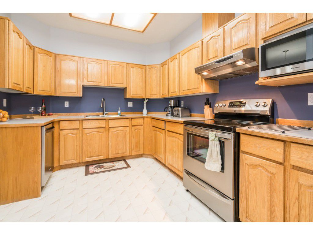 Photo 4: Photos: 49 23151 Haney Bypass in Maple Ridge: East Central Townhouse for sale : MLS®# R2222692