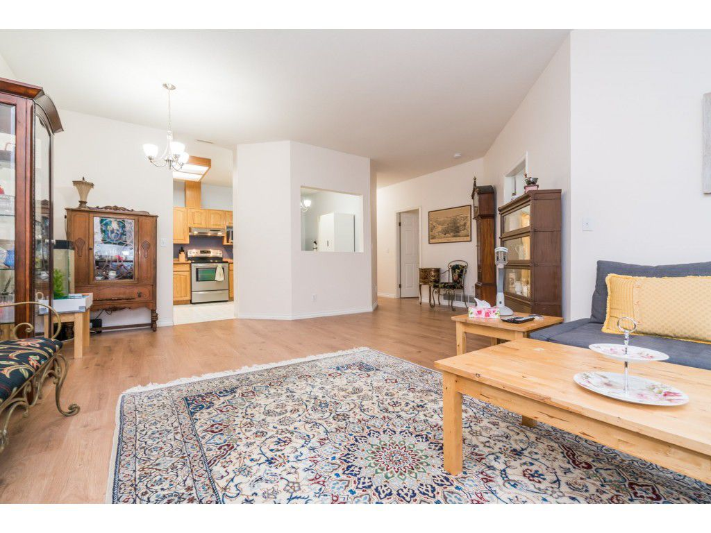 Photo 9: Photos: 49 23151 Haney Bypass in Maple Ridge: East Central Townhouse for sale : MLS®# R2222692