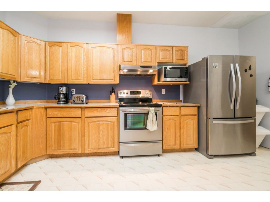 Photo 3: Photos: 49 23151 Haney Bypass in Maple Ridge: East Central Townhouse for sale : MLS®# R2222692