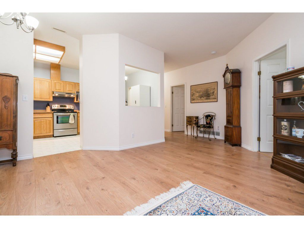 Photo 14: Photos: 49 23151 Haney Bypass in Maple Ridge: East Central Townhouse for sale : MLS®# R2222692