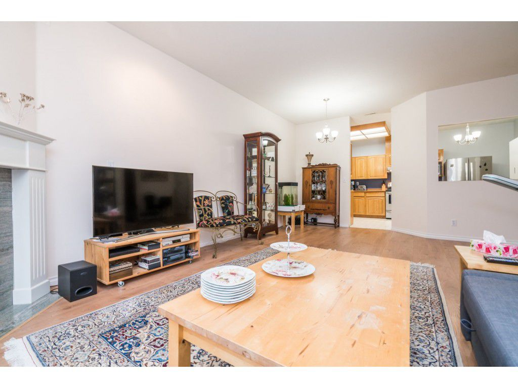 Photo 10: Photos: 49 23151 Haney Bypass in Maple Ridge: East Central Townhouse for sale : MLS®# R2222692