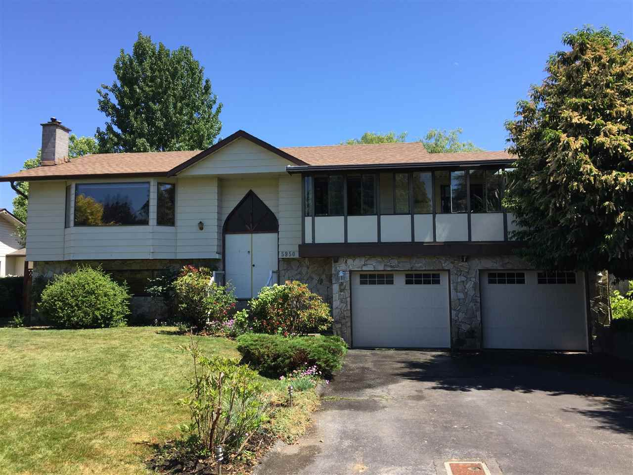"Main Photo: 5950 ANGUS Place in Surrey: Cloverdale BC House for sale in ""Jersey Hills"" (Cloverdale)  : MLS®# R2281037"