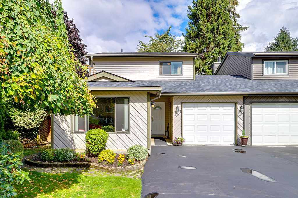 """Main Photo: 1057 LOMBARDY Drive in Port Coquitlam: Lincoln Park PQ House 1/2 Duplex for sale in """"LINCOLN PARK"""" : MLS®# R2305959"""