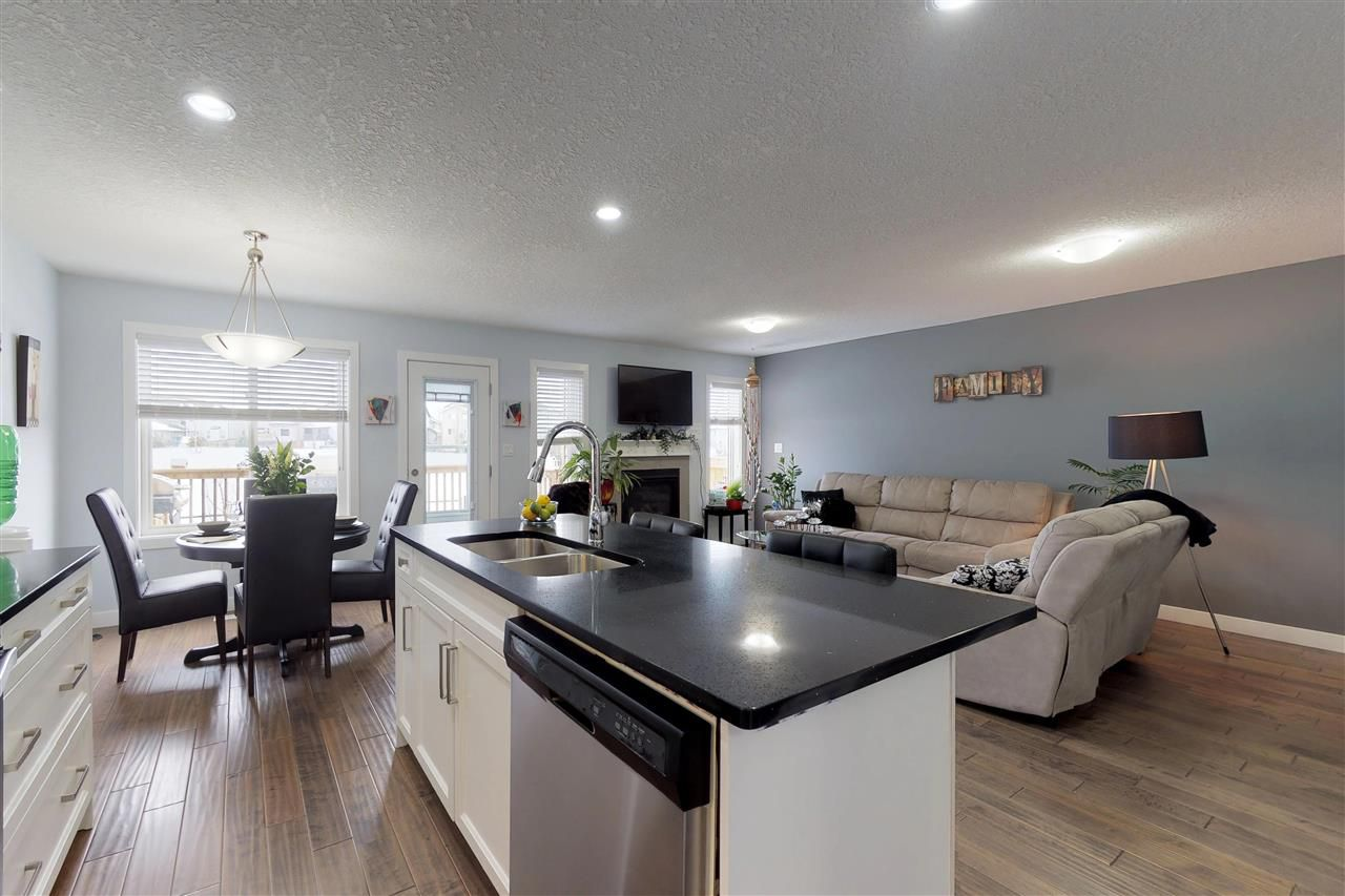 Photo 4: Photos: 151 SPRUCE GARDENS Crescent: Spruce Grove House Half Duplex for sale : MLS®# E4141899