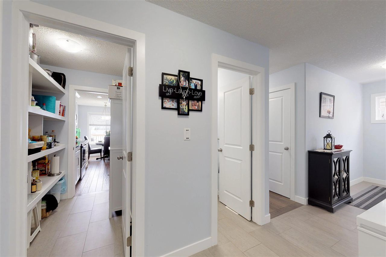 Photo 9: Photos: 151 SPRUCE GARDENS Crescent: Spruce Grove House Half Duplex for sale : MLS®# E4141899