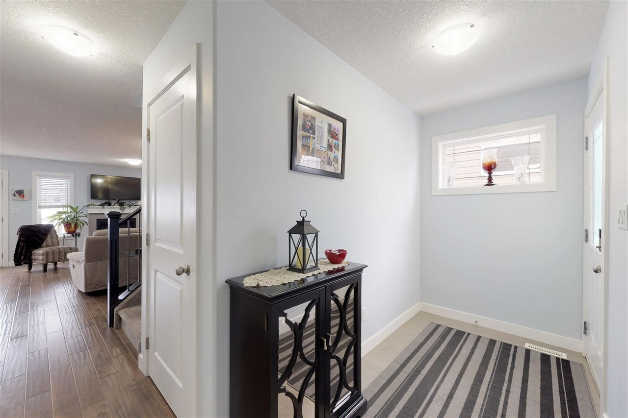 Photo 10: Photos: 151 SPRUCE GARDENS Crescent: Spruce Grove House Half Duplex for sale : MLS®# E4141899