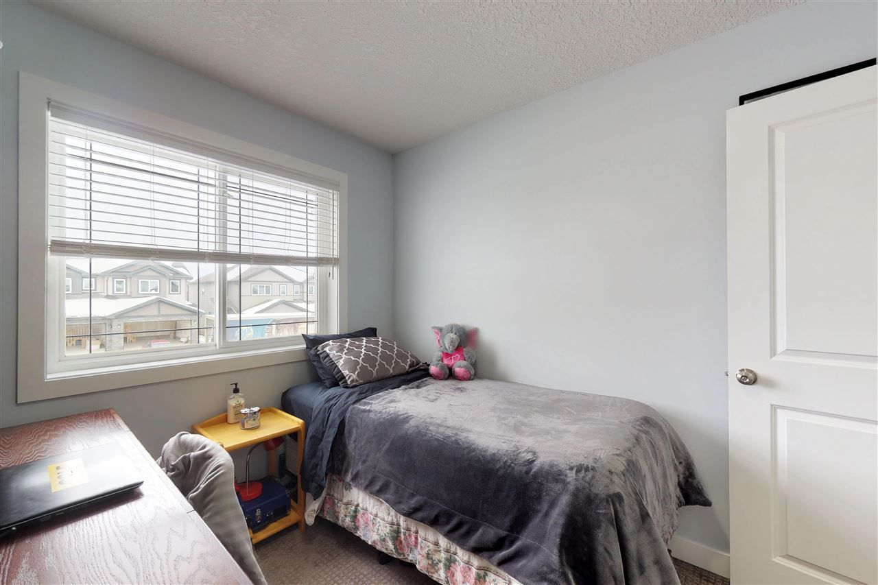 Photo 15: Photos: 151 SPRUCE GARDENS Crescent: Spruce Grove House Half Duplex for sale : MLS®# E4141899