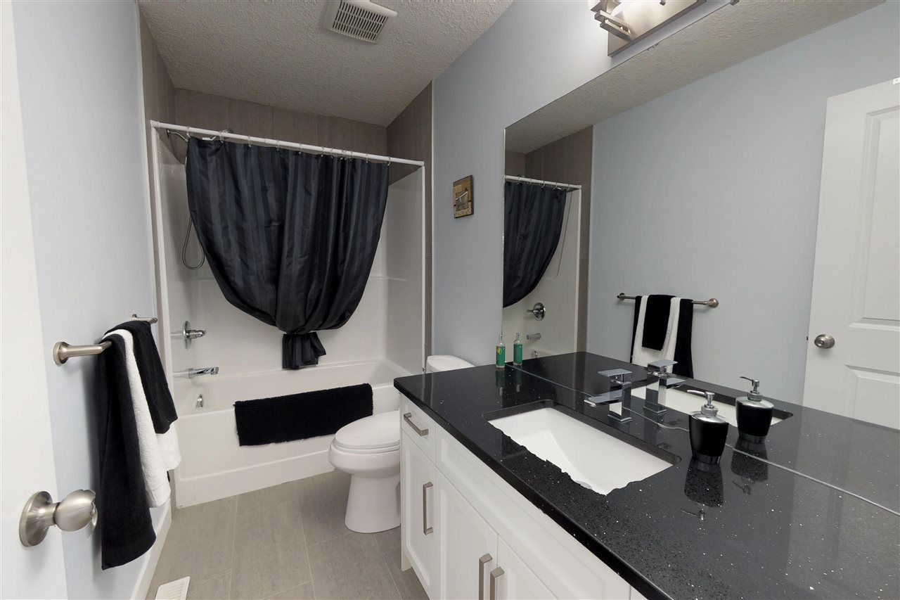 Photo 17: Photos: 151 SPRUCE GARDENS Crescent: Spruce Grove House Half Duplex for sale : MLS®# E4141899