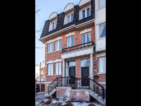 Main Photo: 1 31 Ted Reeve Drive in Toronto: East End-Danforth Condo for sale (Toronto E02)  : MLS®# E3090954