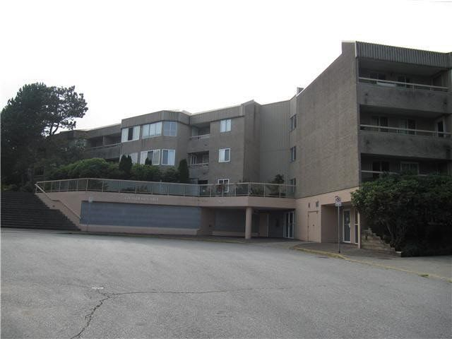 "Main Photo: 213 9632 120A Street in Surrey: Cedar Hills Condo for sale in ""CHANDLERS HILL"" (North Surrey)  : MLS®# F1437737"