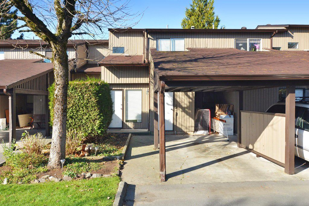 "Main Photo: 23 27044 32 Avenue in Langley: Aldergrove Langley Townhouse for sale in ""Bertrand Estates"" : MLS®# R2116964"