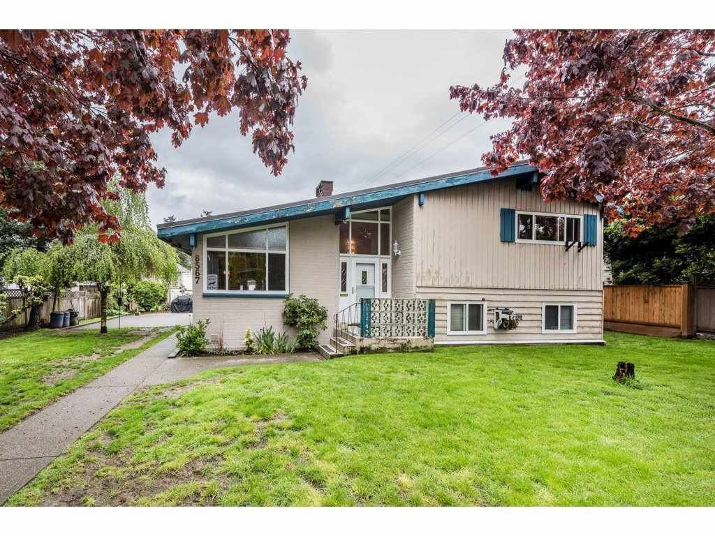 "Main Photo: 8567 152 Street in Surrey: Bear Creek Green Timbers House for sale in ""Bear Creek Timbers"" : MLS®# R2166285"