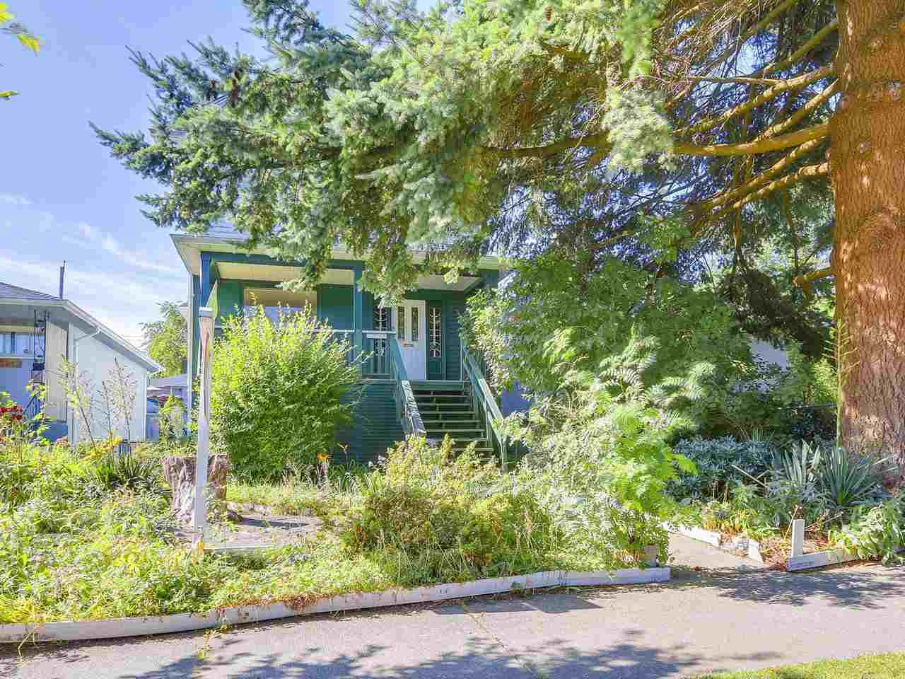 Main Photo: 2938 E 26TH Avenue in Vancouver: Renfrew Heights House for sale (Vancouver East)  : MLS®# R2189196