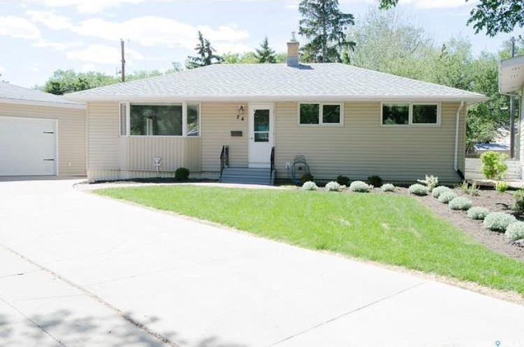 Main Photo: 24 Castle Bay in Regina: Whitmore Park Residential for sale : MLS®# SK736996