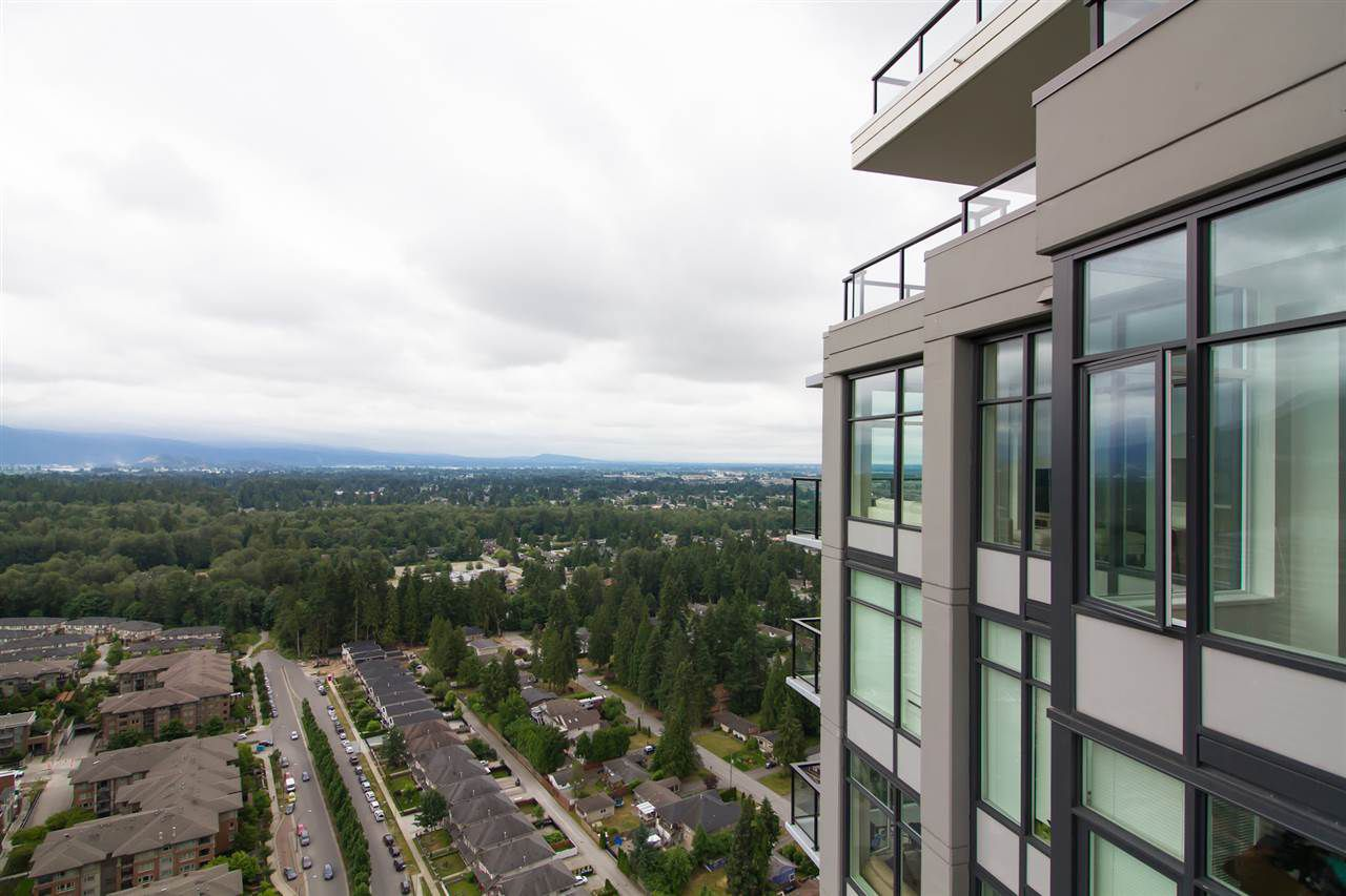 """Main Photo: 4001 3080 LINCOLN Avenue in Coquitlam: North Coquitlam Condo for sale in """"1123 WESTWOOD"""" : MLS®# R2283412"""