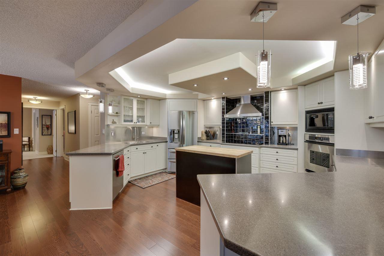 Photo 11: Photos: 205 11503 100 Avenue in Edmonton: Zone 12 Condo for sale : MLS®# E4155047