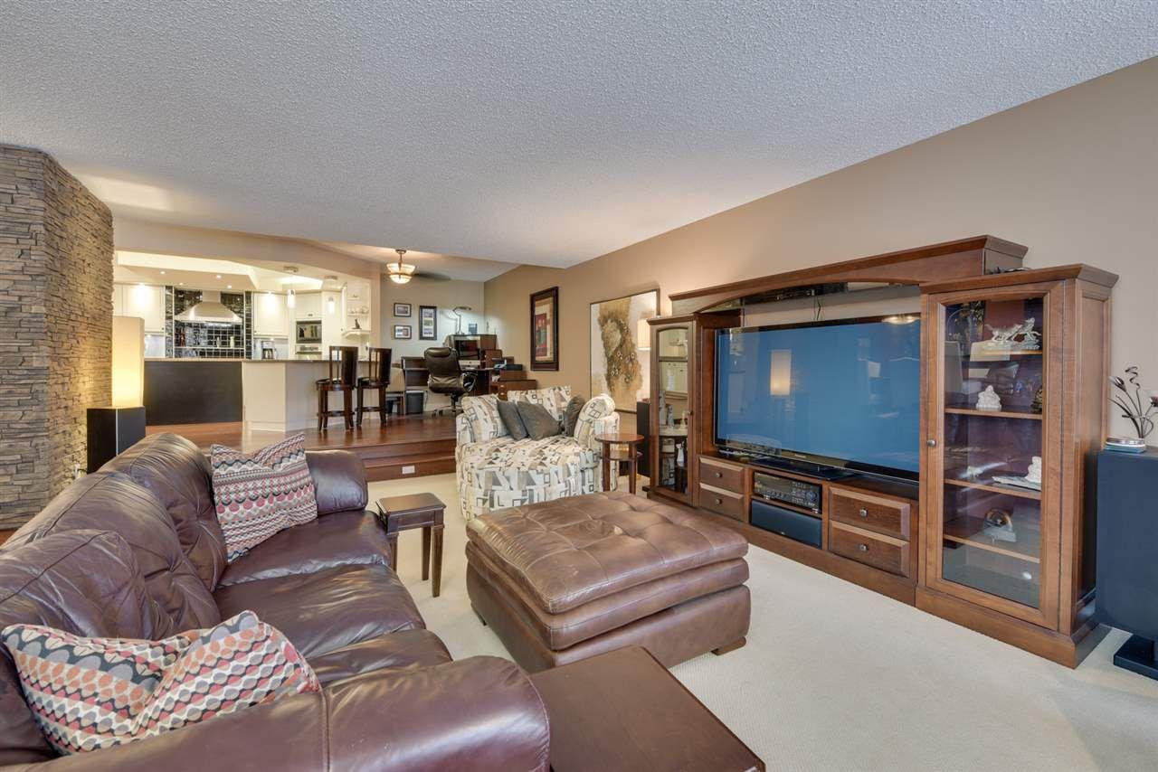 Photo 5: Photos: 205 11503 100 Avenue in Edmonton: Zone 12 Condo for sale : MLS®# E4155047