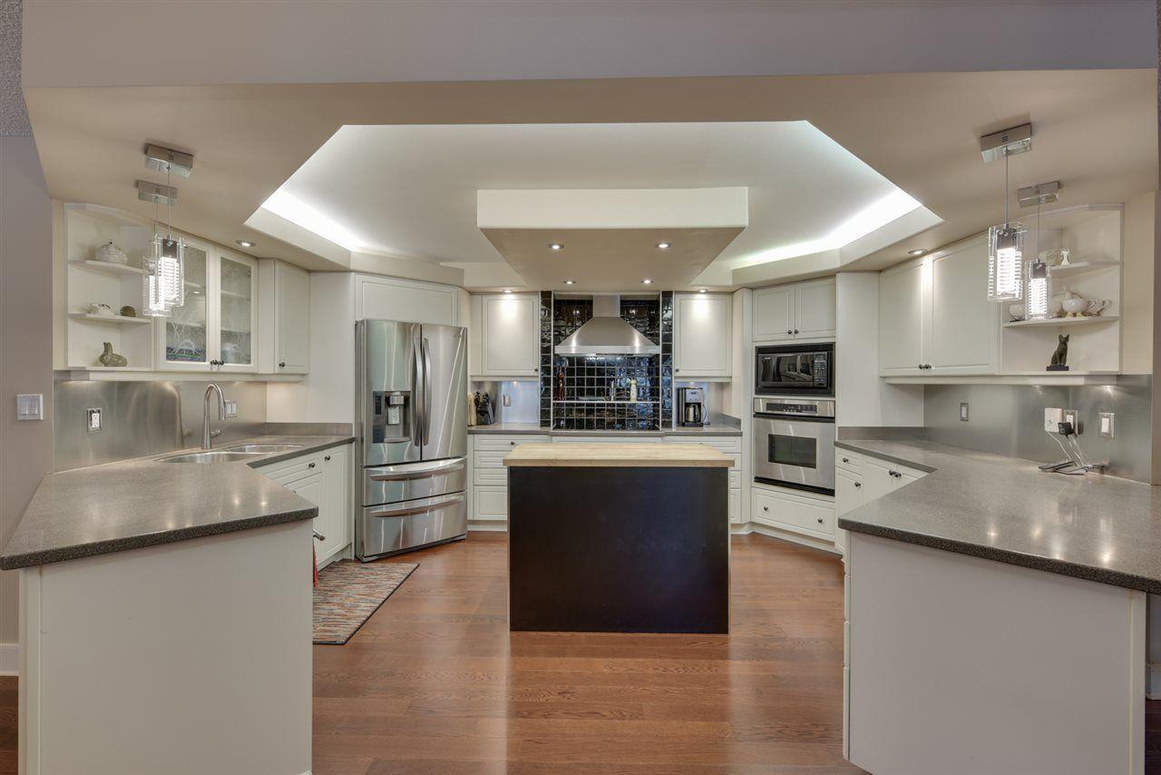 Photo 10: Photos: 205 11503 100 Avenue in Edmonton: Zone 12 Condo for sale : MLS®# E4155047