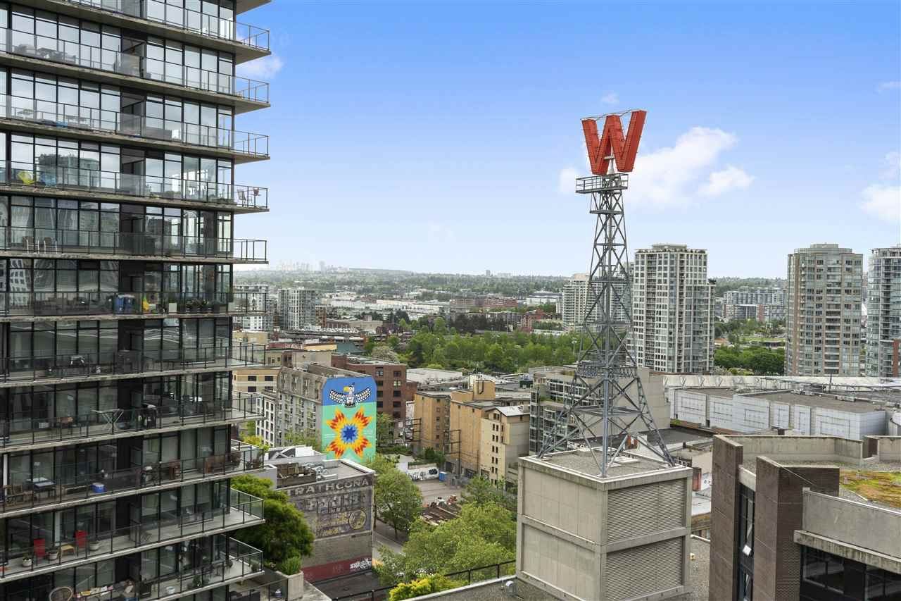"Main Photo: 2105 128 W CORDOVA Street in Vancouver: Downtown VW Condo for sale in ""WOODWARDS"" (Vancouver West)  : MLS®# R2374821"