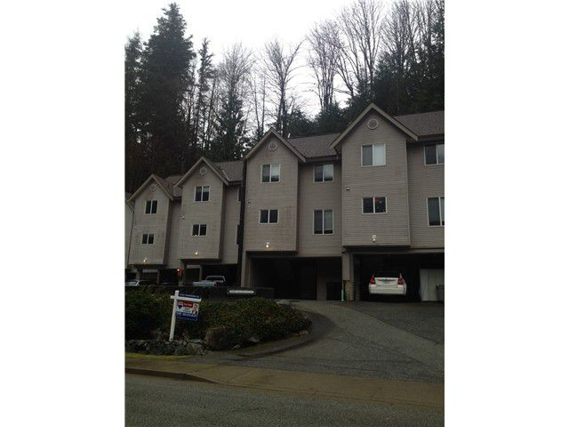 "Main Photo: 4 9900 VALLEY Drive in Squamish: Valleycliffe Townhouse for sale in ""Lincoln Gardens"" : MLS®# V1039831"