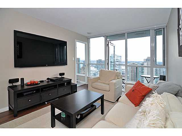 "Main Photo: 2605 833 SEYMOUR Street in Vancouver: Downtown VW Condo for sale in ""CAPITOL RESIDENCES"" (Vancouver West)  : MLS®# V1040577"