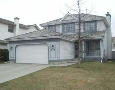 Main Photo:  in CALGARY: Douglasdale Estates Residential Detached Single Family for sale (Calgary)  : MLS®# C3169020