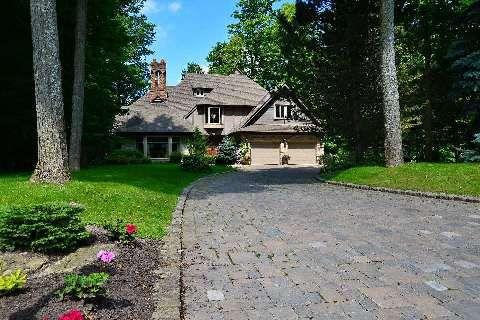 Main Photo: 18 Louise Circle in Vaughan: Kleinburg House (2-Storey) for sale : MLS®# N2908335