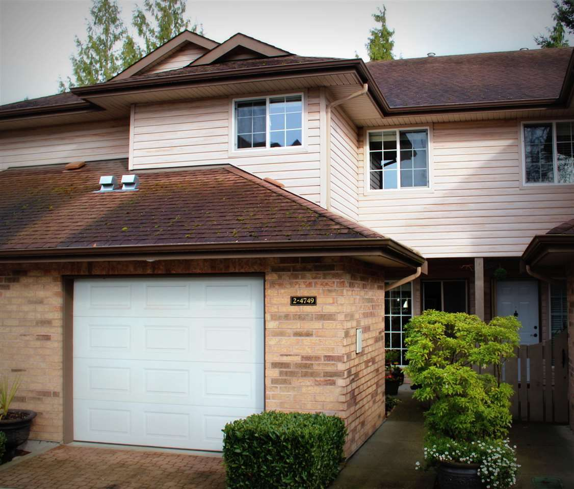 "Main Photo: 2 4749 54A Street in Delta: Delta Manor Townhouse for sale in ""ADLINGTON"" (Ladner)  : MLS®# R2044631"