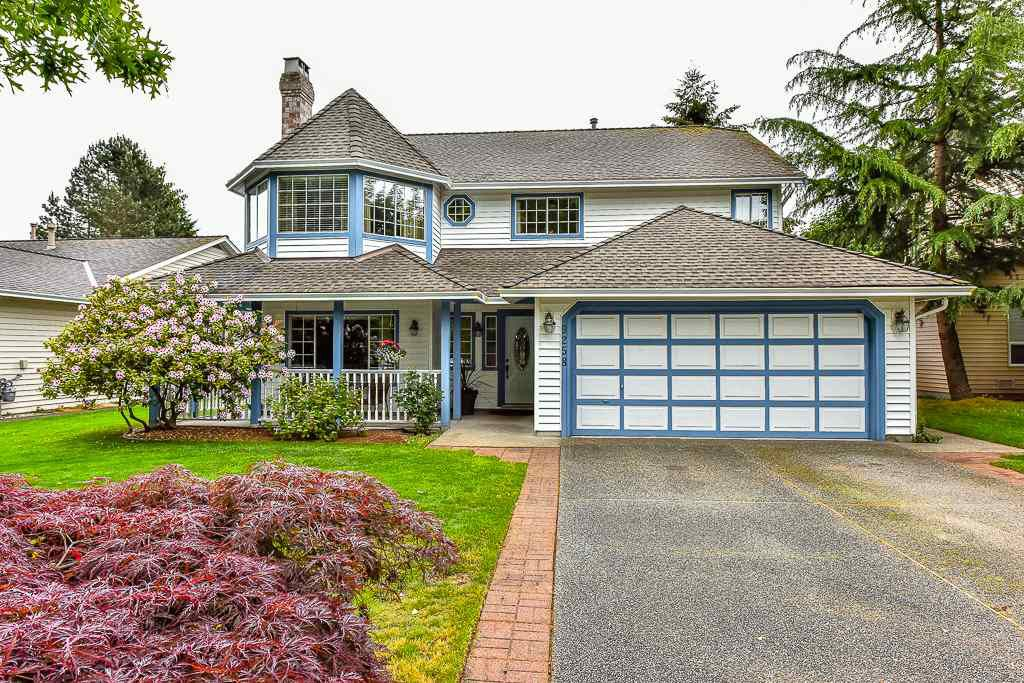 "Main Photo: 9258 154TH Street in Surrey: Fleetwood Tynehead House for sale in ""BERKSHIRE PARK"" : MLS®# R2071682"