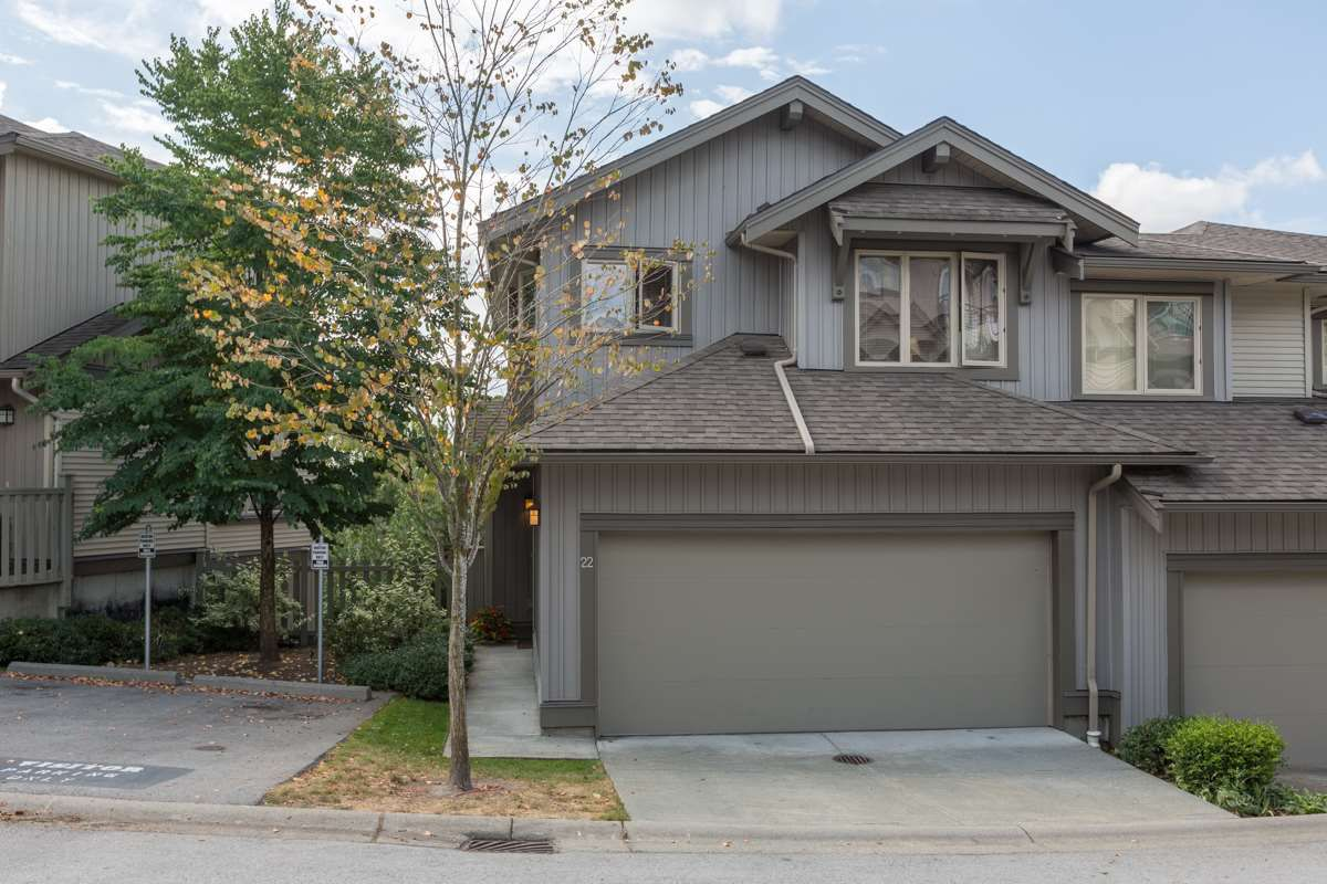 "Main Photo: 22 20326 68 Avenue in Langley: Willoughby Heights Townhouse for sale in ""Sunpointe"" : MLS®# R2108413"