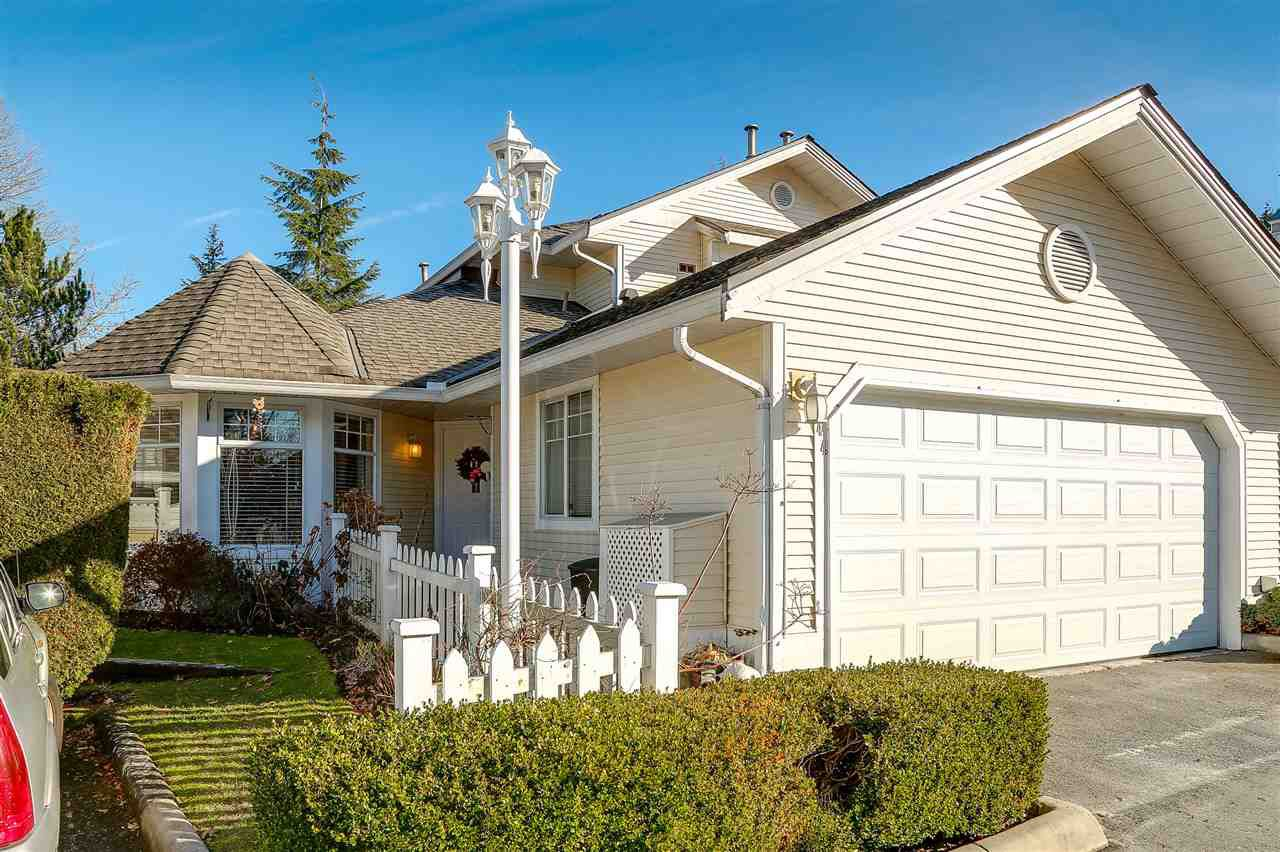 Main Photo: 44 8737 212 Street in Langley: Walnut Grove Townhouse for sale : MLS®# R2141727