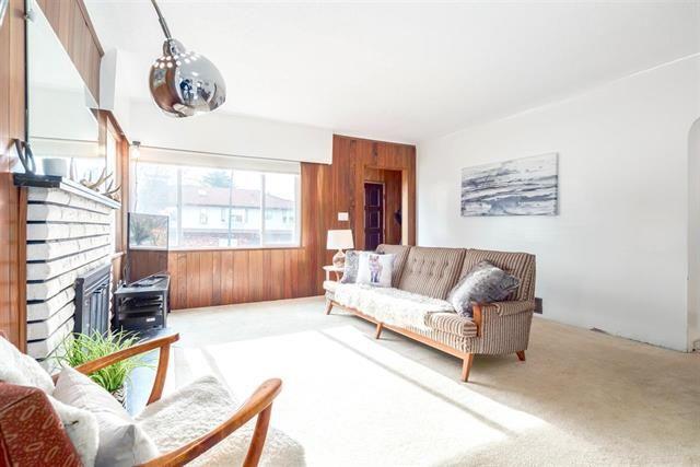 Main Photo: 2371 ADANAC Street in Vancouver: Hastings House for sale (Vancouver East)  : MLS®# R2142248