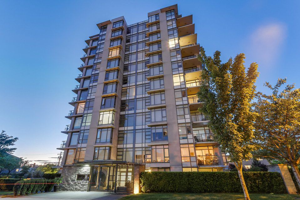 "Main Photo: 703 1333 W 11TH Avenue in Vancouver: Fairview VW Condo for sale in ""Sakura"" (Vancouver West)  : MLS®# R2179532"