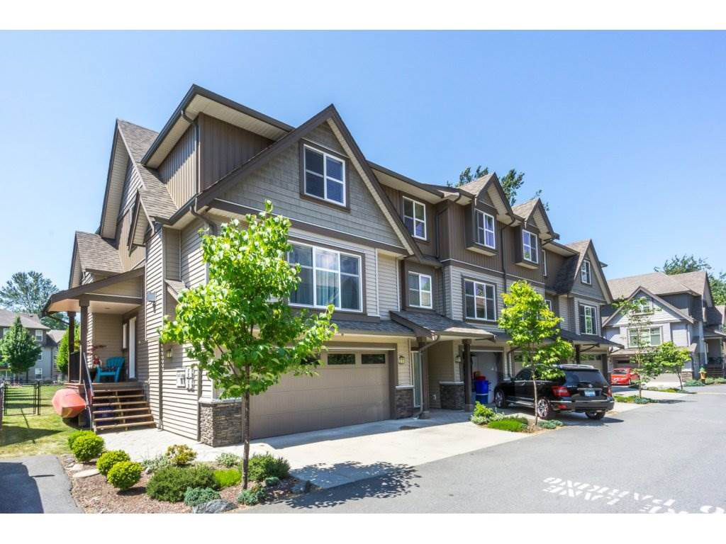 """Main Photo: 57 45085 WOLFE Road in Chilliwack: Chilliwack W Young-Well Townhouse for sale in """"TOWNSEND TERRACE"""" : MLS®# R2185437"""