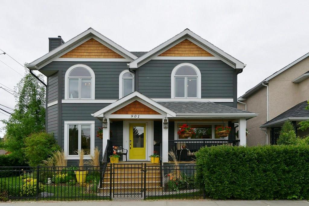 Main Photo: 901 5 Street SW in Calgary: Sunnyside House for sale : MLS®# C4117451