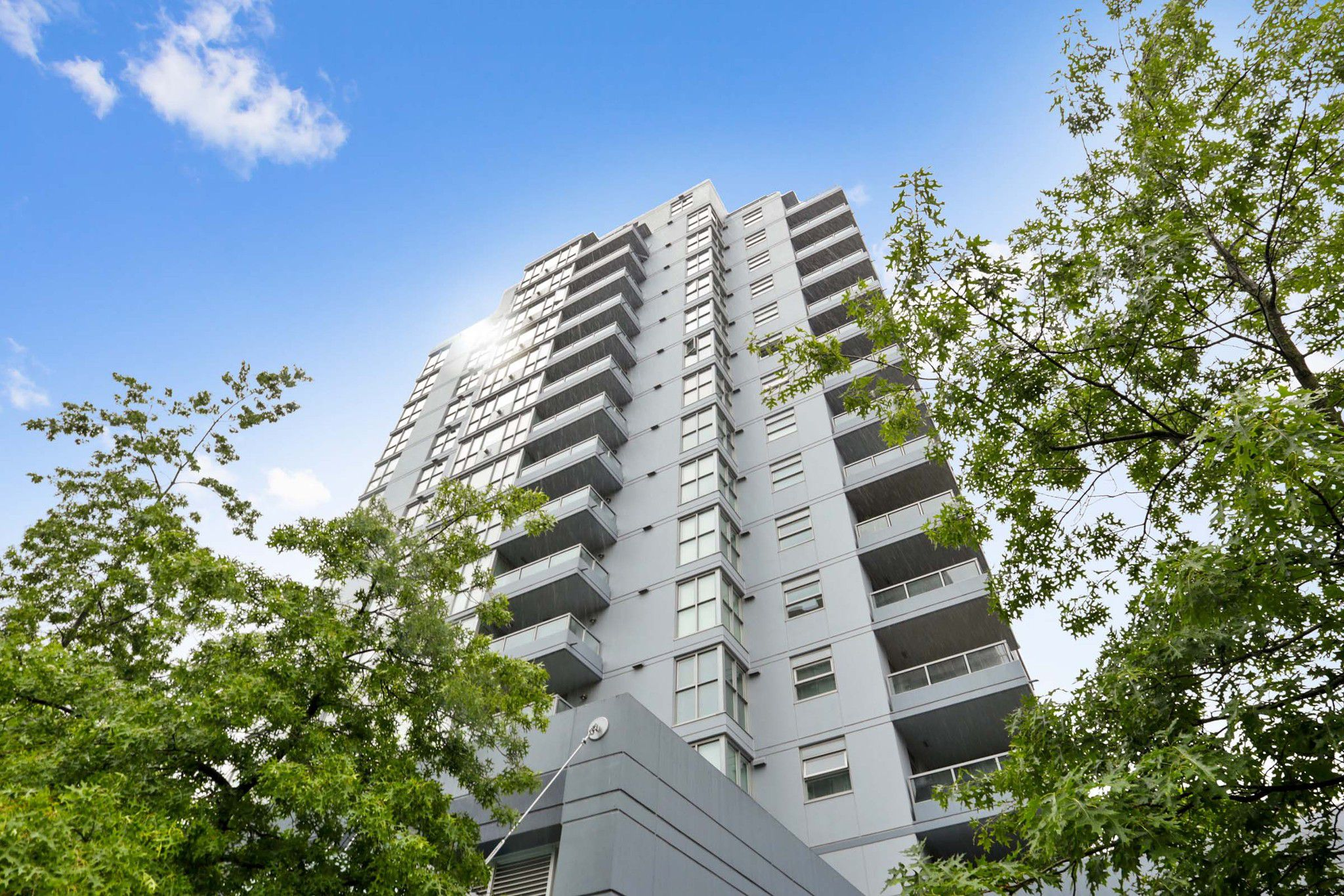 """Main Photo: 804 121 W 16TH Street in North Vancouver: Central Lonsdale Condo for sale in """"SILVA"""" : MLS®# R2269546"""